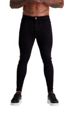 Muscle Fit Jeans